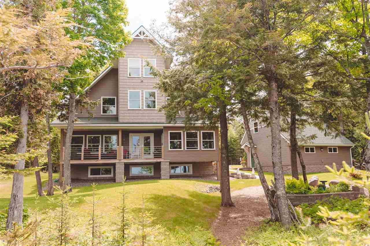 Michigan keweenaw county allouez - 3009 N Lakeshore Residential Single Family Waterfront